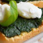 Crostini Cu Urzici, Mozzarella Si Ou